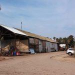 עבודות אסבסט: בית אלפא מוסך לפני פרוק הגג